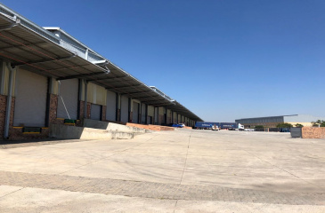 Mid sized Logistics Warehouse To Let or For Sale Randburg