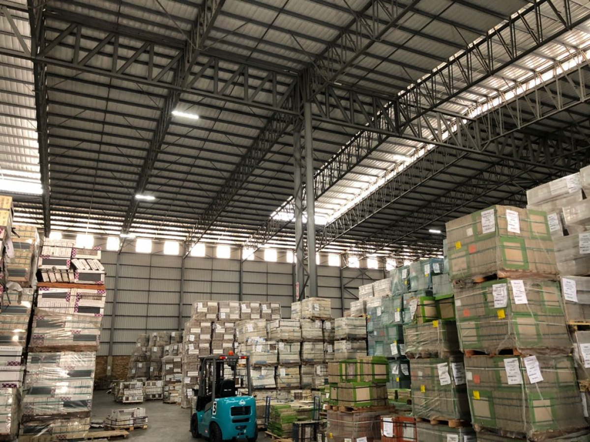 new warehouse to rent