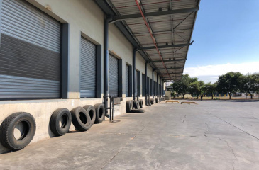 A Grade Logistics/Bulk Storage Facility with Large Yard To Let